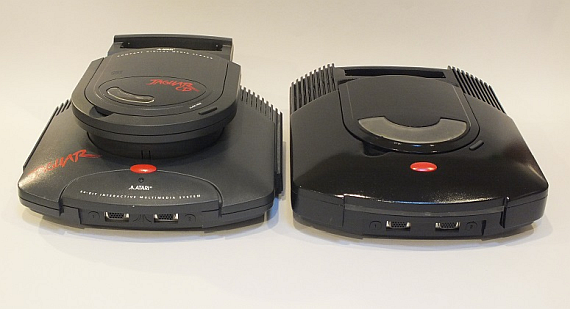 Atari-Jaguar-vs-PlayOne.png