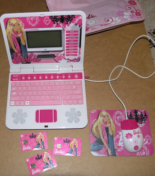 normal_Barbie_Lerncomputer.JPG