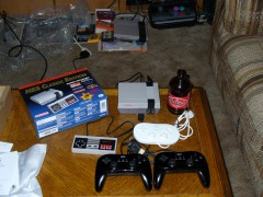 Wii Gamepads that work with the Mini