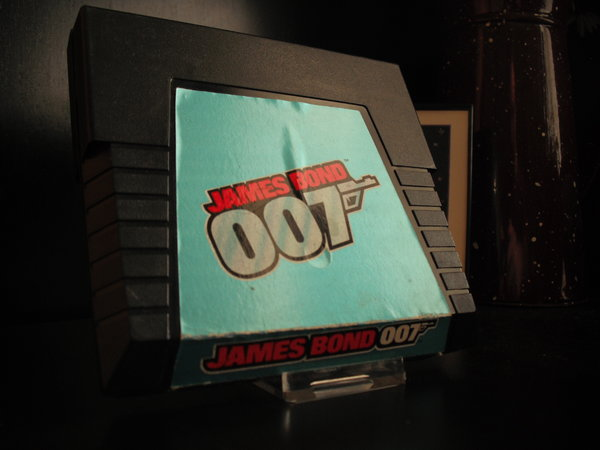 James Bond 007 (Parker Brothers)
