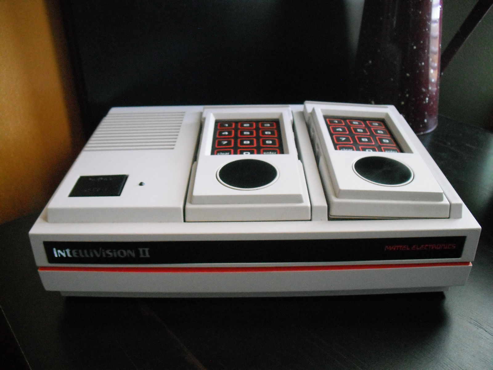 The Intellivision II (Is it even worth it?)