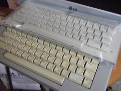 Keyboards_new_and_old__clean_and_discoloured_.jpg