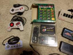 Twin Fami & Arkanoid & other controllers-small.jpg