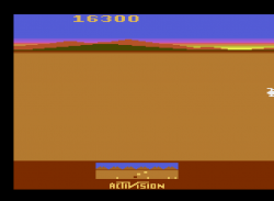 Chopper Command (1982) (Activision)_3.png