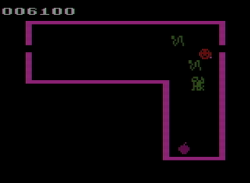 Venture (1982) (Coleco)_2.png