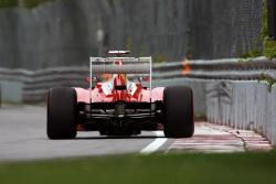 Ferrari will race with new exhaust for Canadian GP.jpg