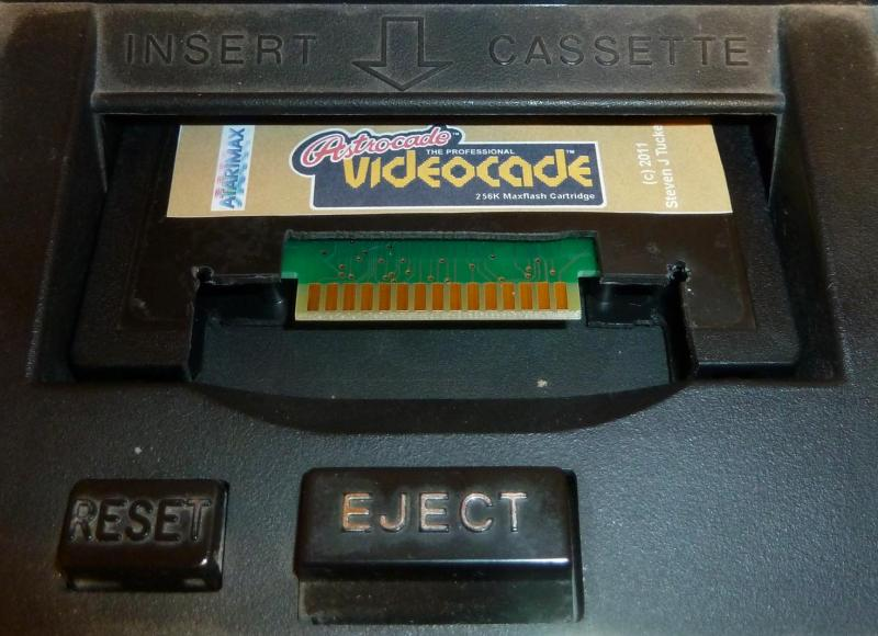256K_Astrocade_Flash_Cart_02.jpg