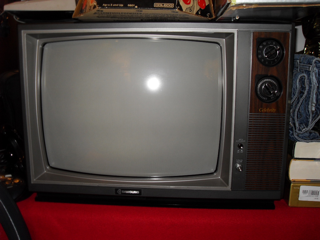 Cheap Nice 27 Quot Crt Walmart For Classic Gaming Page 2