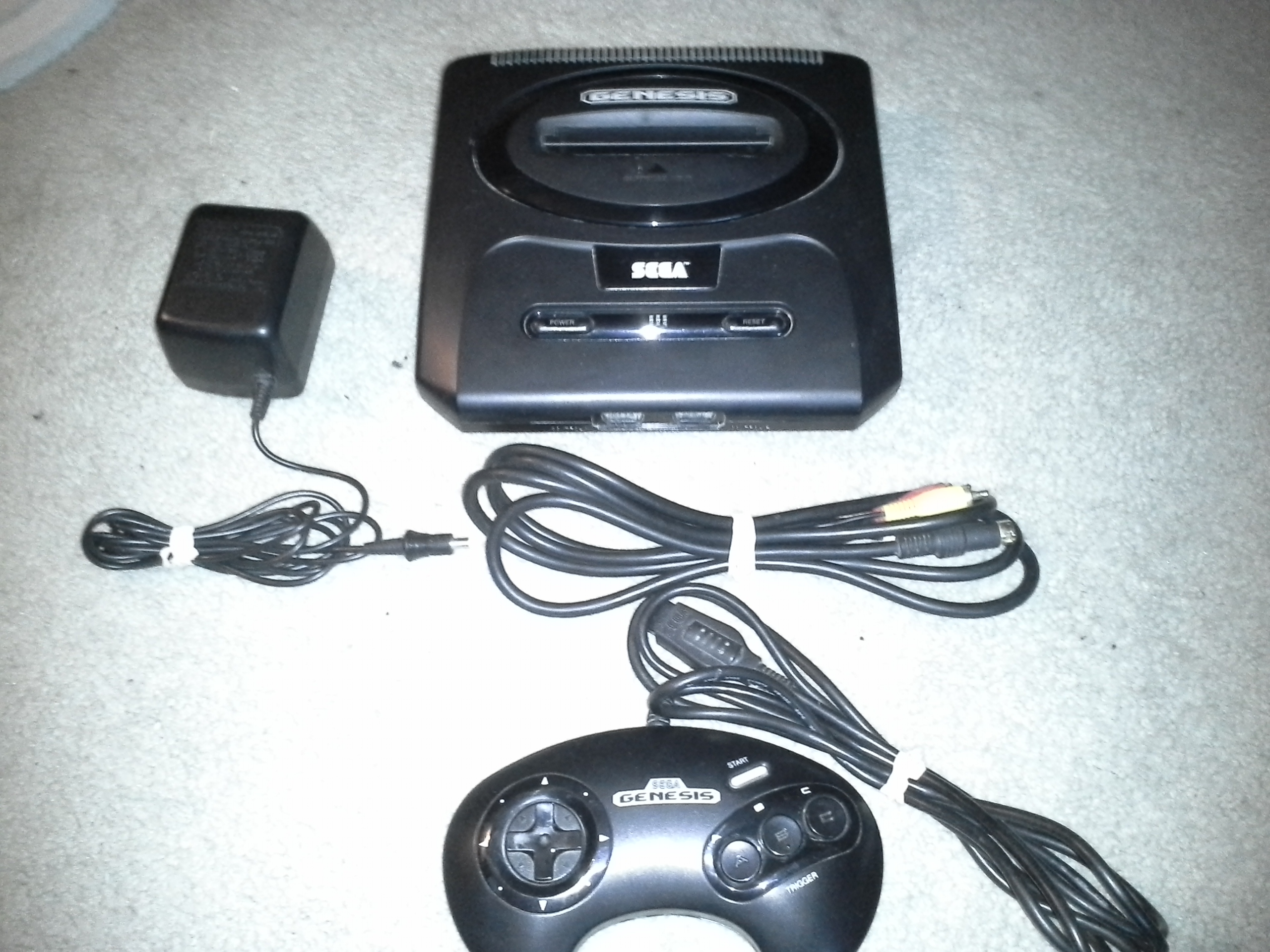 FS: Sega Genesis Model 2 console with controller and hookups