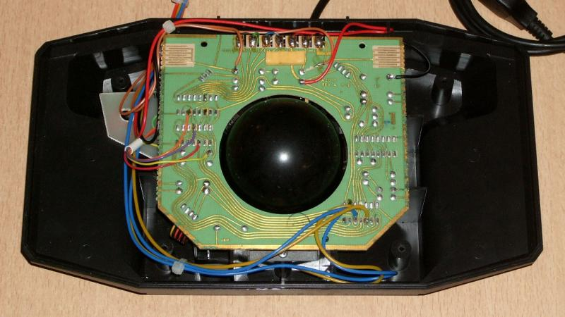 trackball_atari_cx80_hack_04.jpg