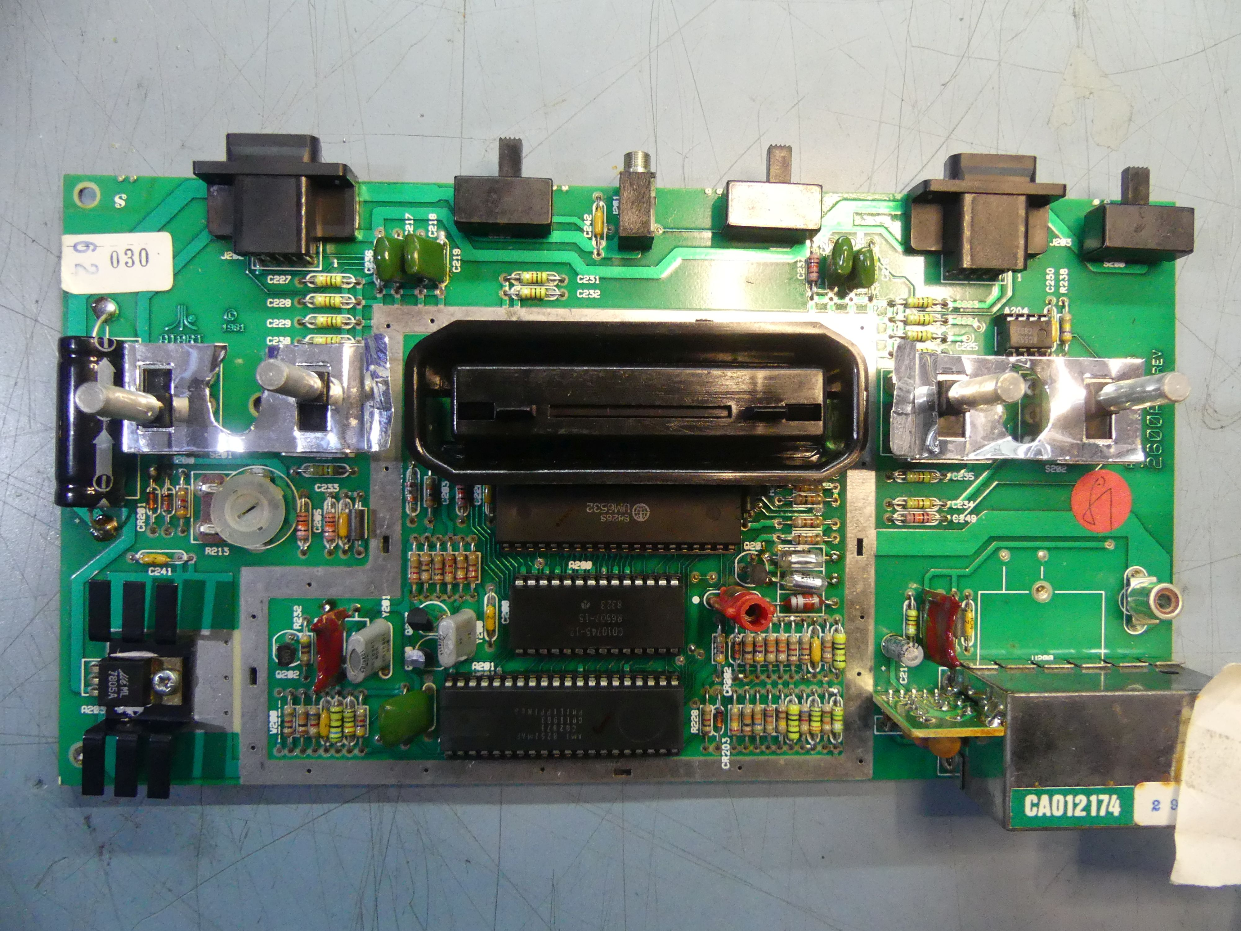 Simple Diy Composite Video Mod Atari 2600 Atariage Forums How To Rf Switch All About Circuits Forum P1010897 C