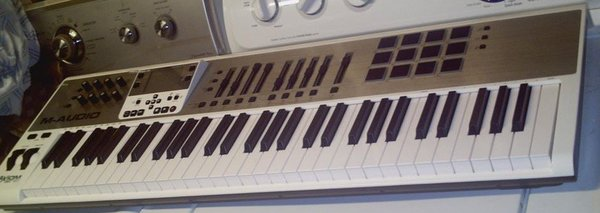 M-Audio Midi Keyboard (2).jpg