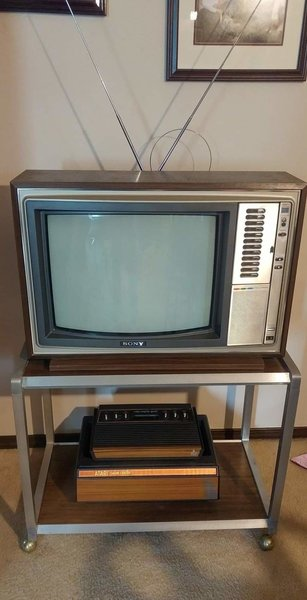 1977 Sony Trinitron with matching TV Cart