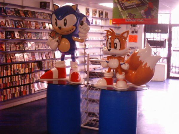 Toys For Age 15 : Sega sonic tails rare lifesize characters classic